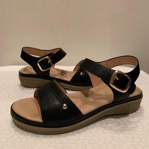Cushion Black Ankle Strap Sandals